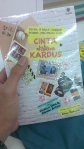 Buku Cinta Dalam Kardus by Anom Kiskenda